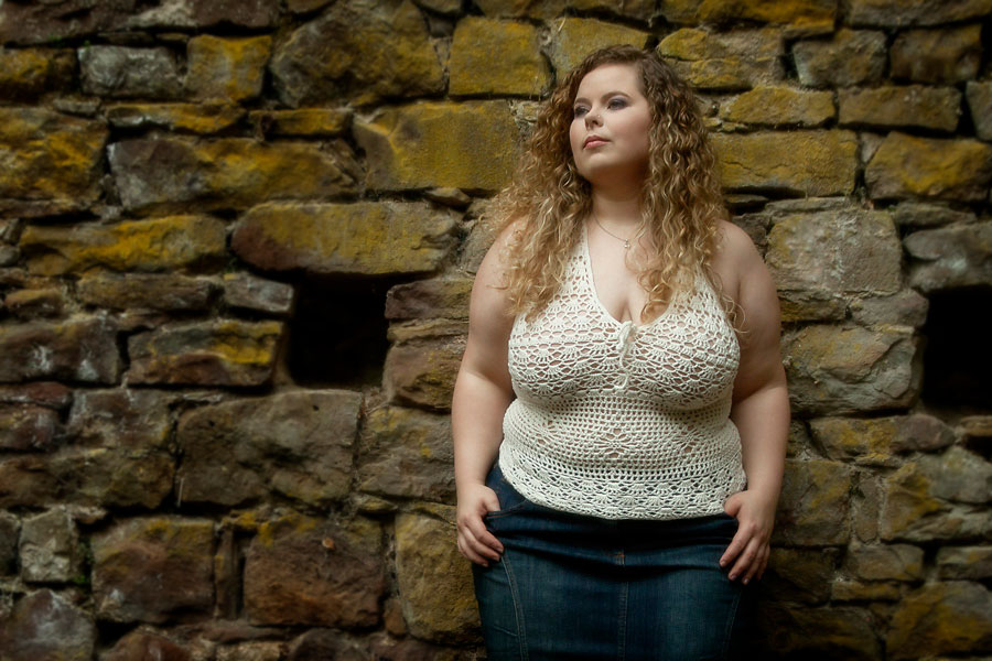 plus-size-shooting-outdoor